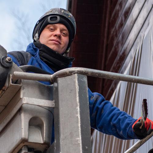 alpinista w pracy